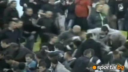 Масов бой в агитката на Партизан срещу Цървена Звезда