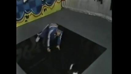 Младият Вин Дизел танцува брейк /80-те години/