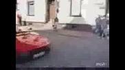 Не Всеки Може Да Кара Ферари