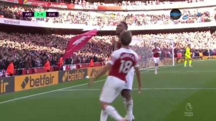 Арсенал дублира аванса си след скандална засад