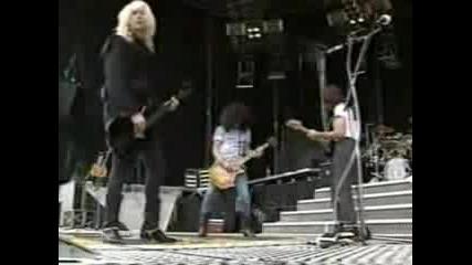 Guns N Roses /w Jeff Beck - Locomotive