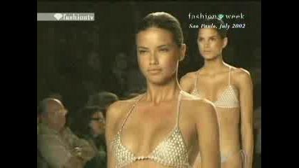 Adriana Lima Sao Paulo Fashion Week 2002