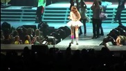 Miley Cyrus - Hoedown Throwdown - Live in Portland OR Wonder World Tour 2009