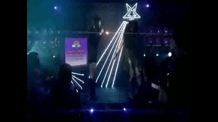Избери най-хубавата песен на Селена Гомез