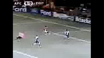 Hubav gol na Emannuel Eboue