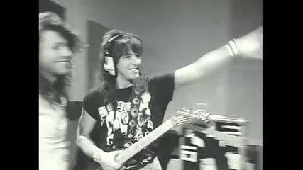 * Превод * Bon Jovi - Born To Be My Baby H D