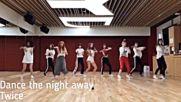 Random Kpop dance challenge mirrored