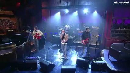 Kaiser Chiefs - On The Run ( live on Letterman )