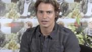 """Carlos Baute - Carlos Baute habla sobre el tema """"Amarte bien"""" (Оfficial video)"""