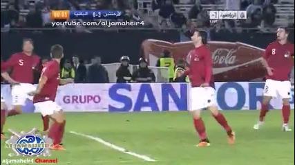 Лео Меси вкара гол с ръка