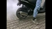 Aprilia Sr125 Burnout