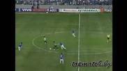 Роналдиньо взривява публиката в Бразилия