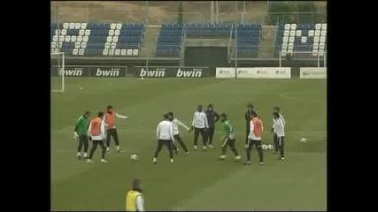 Кристиано Роналдо ще почива 2 седмици заради травма