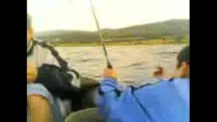 Багера, Шантажа И Аз За Риба