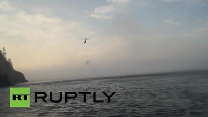 Русия: Извадиха останките на падналия хеликоптер Mi-8 от морето