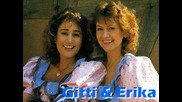 Gitti and Erika - La Paloma