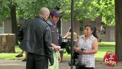 Най-изгаврения полицай (скрита камера) (hq)