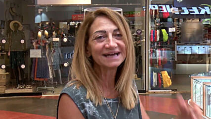 Israel: Shoppers browse through Tel Aviv mall mask-free as authorities continue to ease COVID restrix