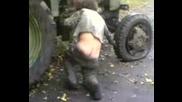 Руски Пиян Тракторист!