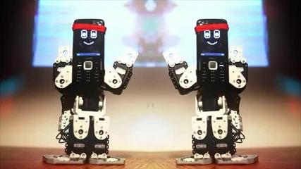Lmfao I shake, I move dancing robots