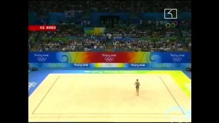Изпълнението на Елизабет Паисиева с обръч по художествена гимнастика 21.08.08