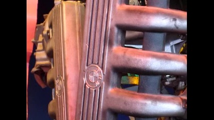 Робот с части от Bmw