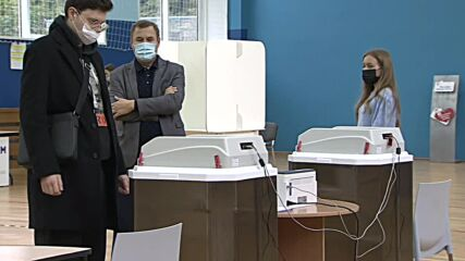 Russia: Voting in elections to State Duma begins in Moscow