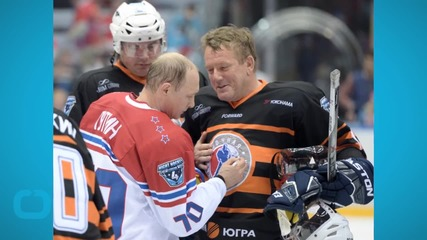 Vladimir Putin Plays Hockey With Ex-NHL Stars – and Scores Eight Goals