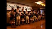Корейци ученици танцуват българско хоро за 3-ти март