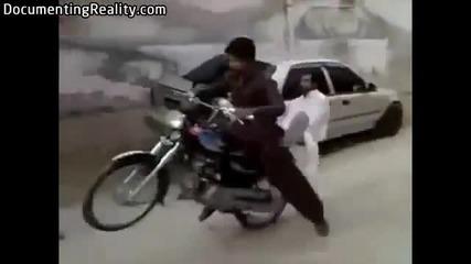 Това са истински мотористи ! (смях)