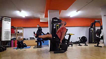 90 дневна трансформация | Изграждане на мускул, горене на мазнини | Ден 9 - Крака