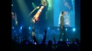 Eminem Feat. Rihanna Love The Way You Lie (live)