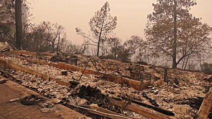 USA: Wildfire leaves trail of destruction in California's Paradise