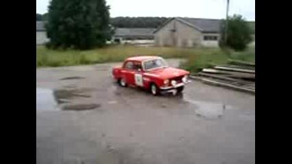 drifting moskvich