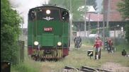 Буксуване на теснолинеен парен локомотив серия 609