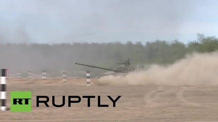 Russia: T-80s unleash firepower MID-AIR ahead of first ever 'Race of Heroes'