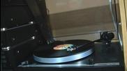 Швейцарски грамофон Thorens - високо качество - Logical Song