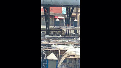 Nigeria: People seen running with hands up amid reports of gunshots outside burned Lagos bus terminal