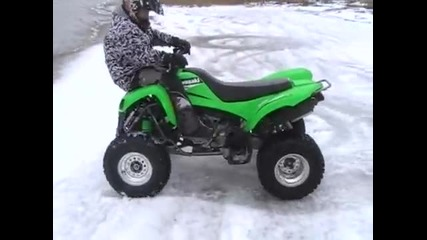 kawasaki kfx 700 stunt in the snow