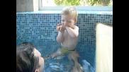 Преско за пръв път на басейн