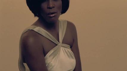 Whitney Houston - I Look To You Wp_1
