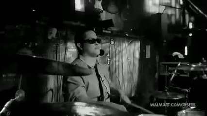Страхотно изпълнение на Bruno Mars - Just The Way You Are (live)