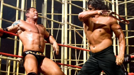 Fünf besondere Batista Matches – WWE List This!