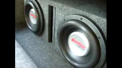 Boston Acoustics (2) G5 10 Ported @ 45 hz.avi