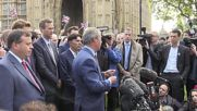 UK: UKIP's Farage hails Bexit victory, calls for new government