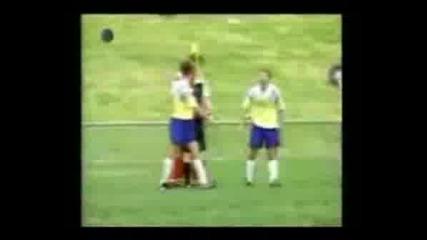 Футболни Сбивания И Падания