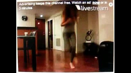 Bella Thorne dance..