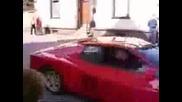 Много Тъпа Катастрофа На Ferrari