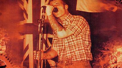 Razors Edge - Tearing Down The Flag (2002)