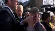 Netherlands: Pro-refugee protest greets Wilders as he distributes self-defence spray